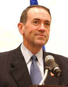 Mike_Huckabee_speaking_at_HealthierUS_Summit