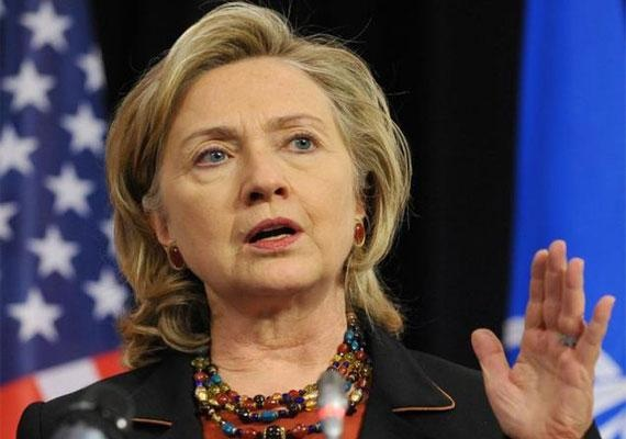 Clinton_hand