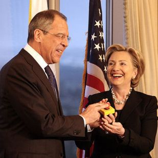 hillary_clinton_russia_reset_button_image